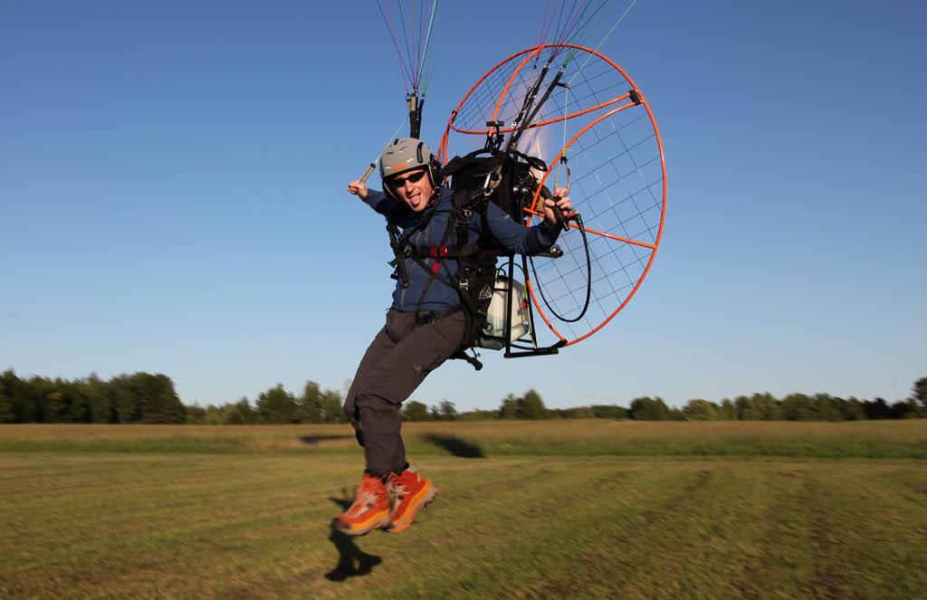 Paramotoring ← Alain Bard   Air